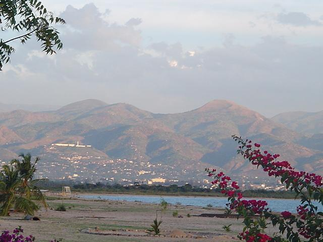 From our location on the lake, the hills of Bujumbura Rural rise abruptly above the capital of Bujumbura