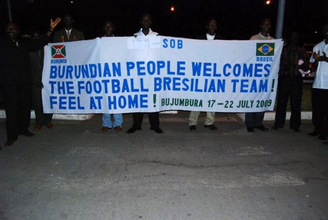 Burundians welcome the team