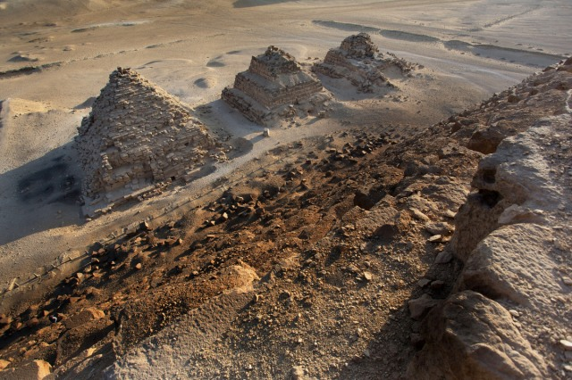 Vitaly Raskalov's Great Pyramid Climb