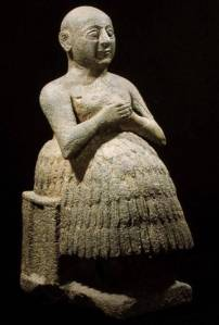 HEL231657 The scribe Dudu, a votive to Ningirsu, 2900-2450 BC (diorite) by Sumerian diorite height: 45 Iraq Museum, Baghdad © Held Collection out of copyright