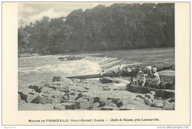 Moving through the rapids of the Ogone.  Source -  www.delcampe.net